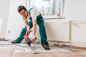 Bodenfliesen Entfernen Kosten Und Preise Für Fachmännische Arbeit - Fliesen entfernen fußbodenheizung