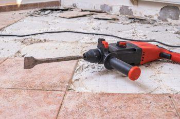 Bodenfliesen Entfernen Kosten Und Preise Fur Fachmannische Arbeit