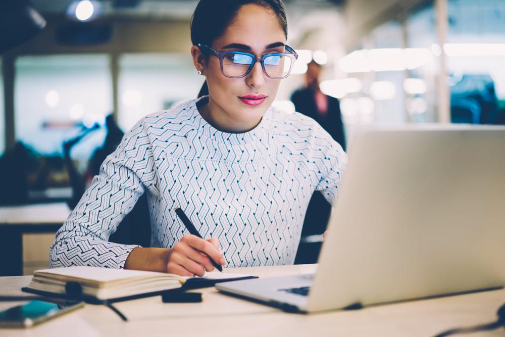 Berufliche Fortbildung: Was kostet ein Fernstudium?