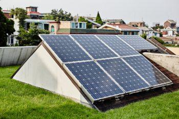 photovoltaik anlage kostenfaktoren preisbeispiele und mehr. Black Bedroom Furniture Sets. Home Design Ideas