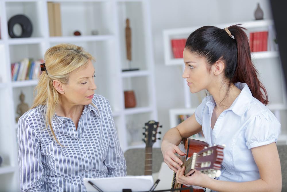 Was kostet es, Gitarre spielen zu lernen?