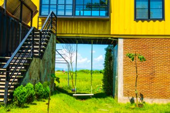 Container-Haus » Kostenfaktoren, Preisbeispiele und mehr