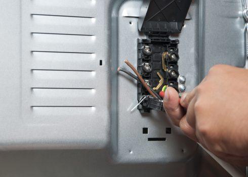 elektriker-herd-anschliessen-kosten