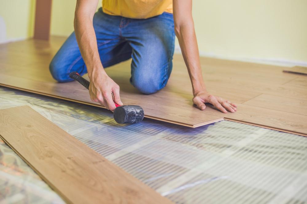 Elektrische Fußbodenheizung: welche Kosten fallen an?