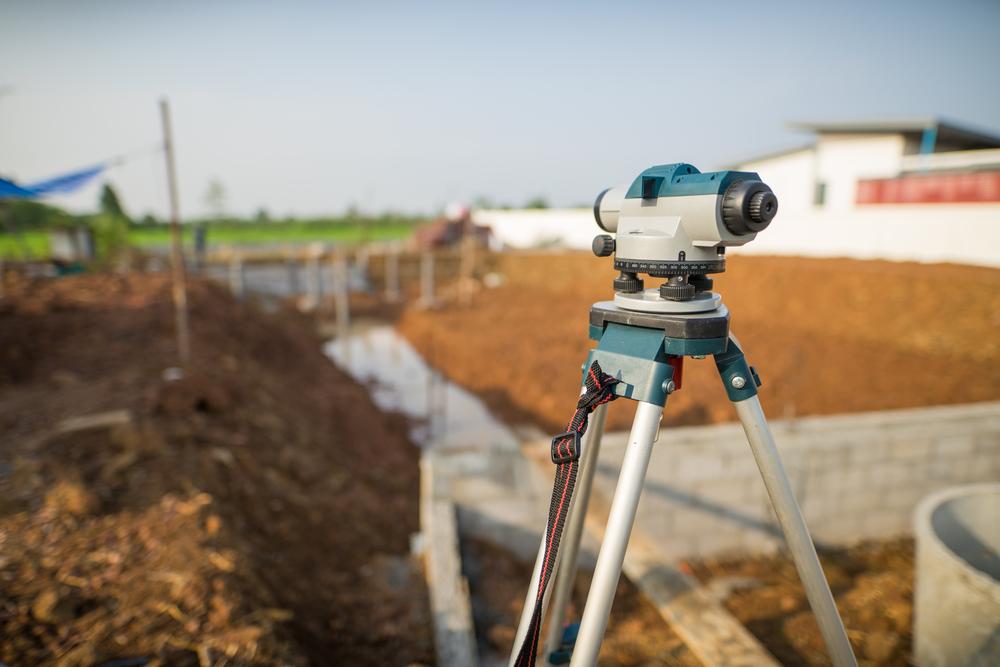 Grundstück vermessen: welche Kosten verursacht das?