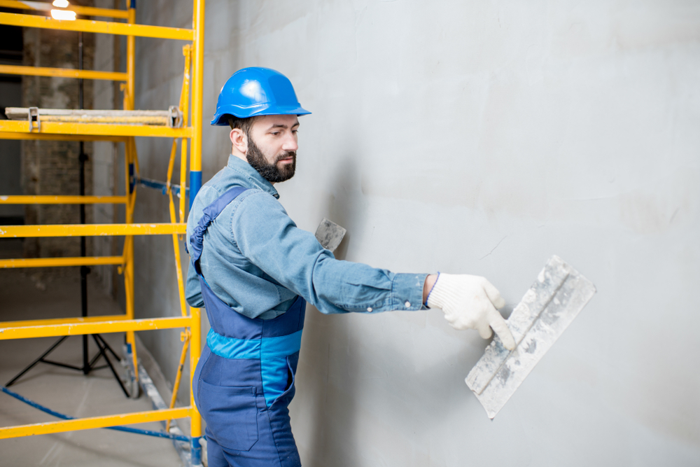 Wand verputzen – welche Kosten fallen an?