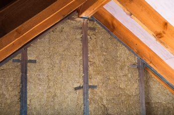 Dachboden ausbauen » Kostenfaktoren, Preisbeispiele und mehr