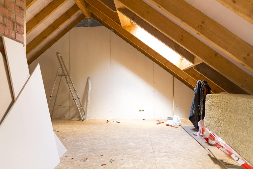 Dachboden ausbauen: welche Kosten fallen an?