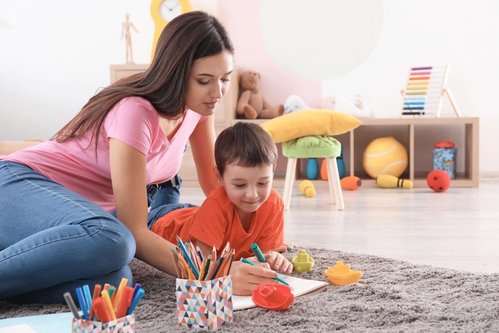 Welche Kosten kommen durch eine Tagesmutter auf mich zu?