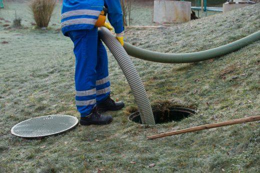 abwassergrube-leeren-kosten