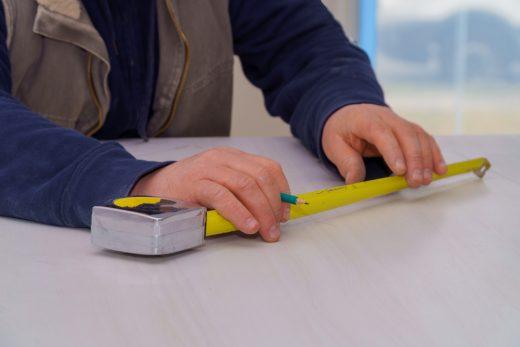 arbeitsplatte-zuschneiden-lassen-kosten