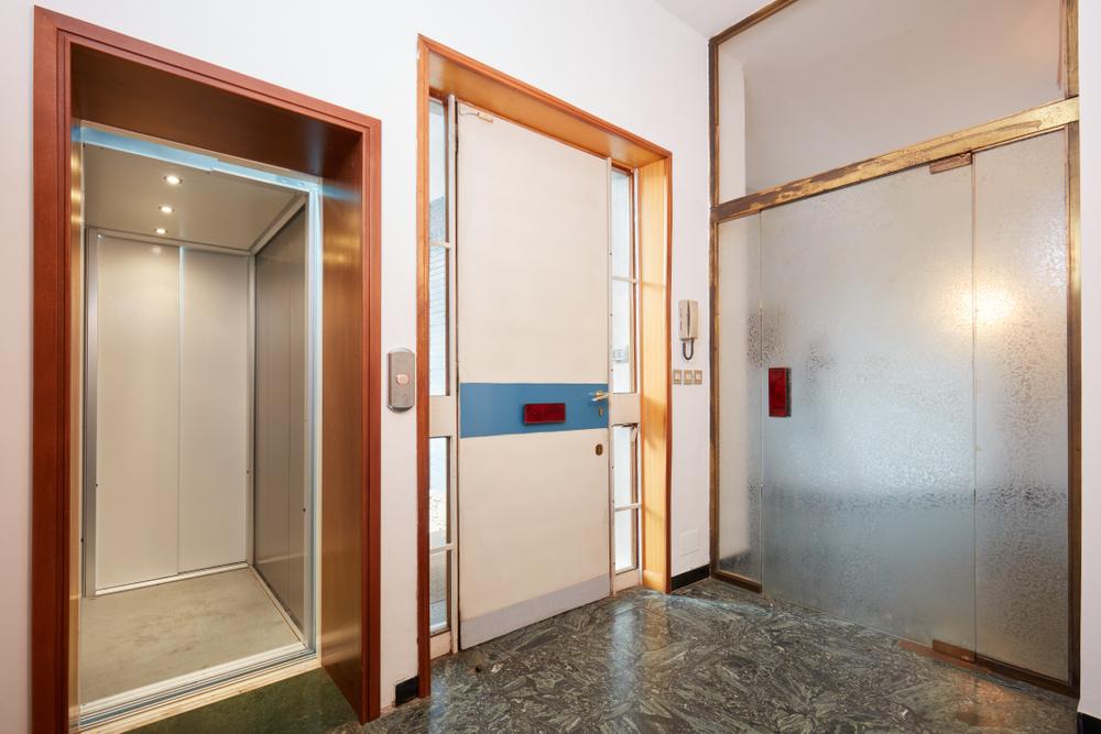 Aufzug beim Einfamilienhaus: welche Kosten verursacht das?