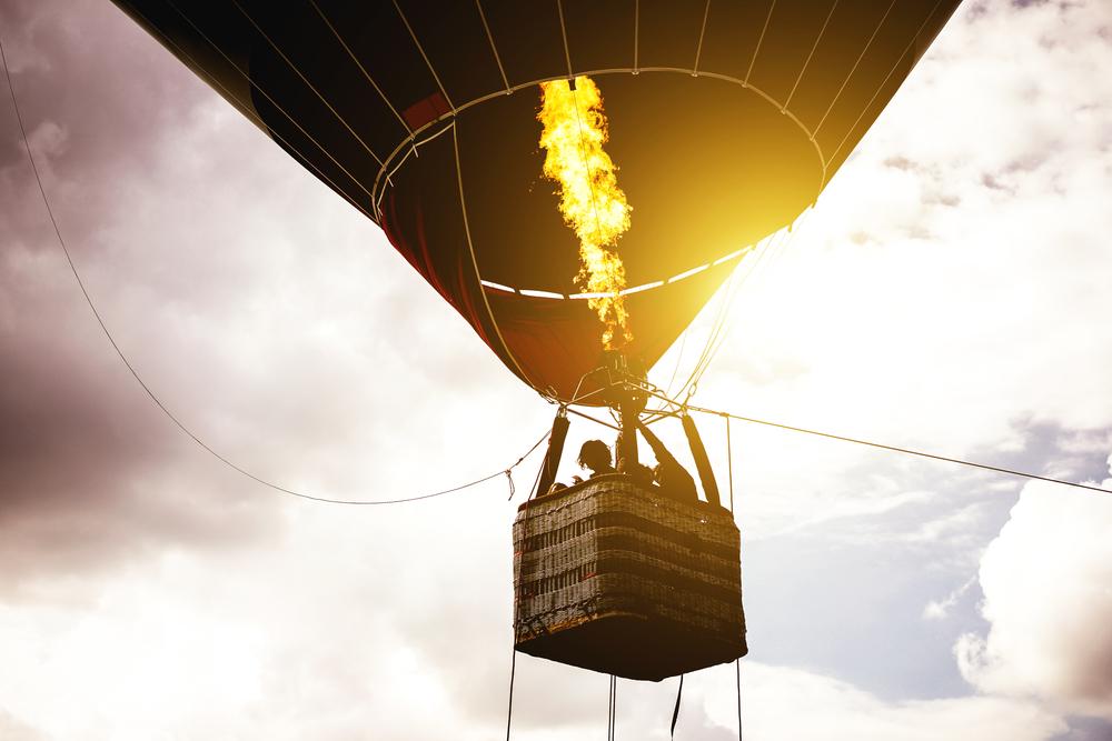 Was kostet eine Fahrt mit dem Heißluft- oder Gasballon?