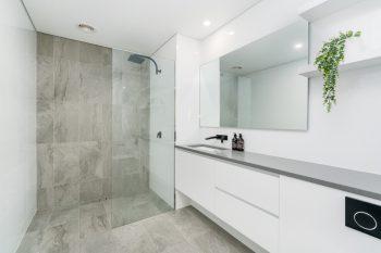 bodengleiche dusche mit diesen kosten k nnen sie rechnen. Black Bedroom Furniture Sets. Home Design Ideas