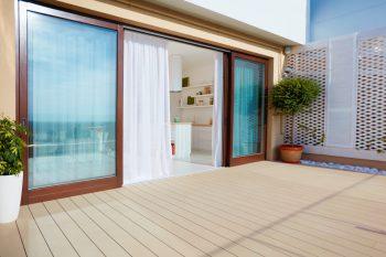 bodentiefe fenster kostenfaktoren preisunterschiede und mehr. Black Bedroom Furniture Sets. Home Design Ideas