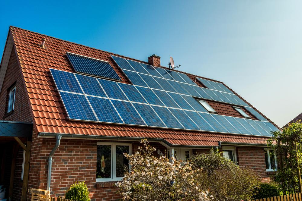 Solaranlage für ein Einfamilienhaus: Welche Kosten können anfallen?