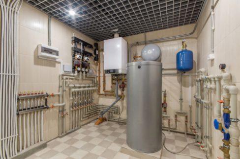 gasbrennwertheizung-mit-warmwasserspeicher-kosten