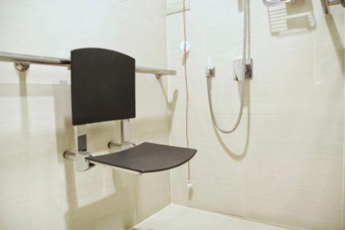 behindertengerechte-dusche-kosten