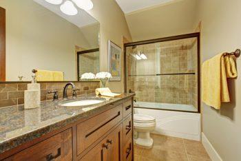 Badewanne statt Dusche einbauen » Kostenfaktoren und ...