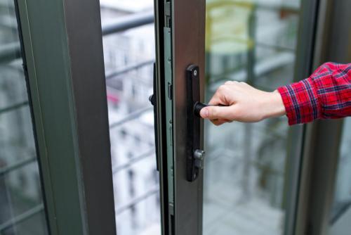 Balkontür: Welche Kosten muss man rechnen?