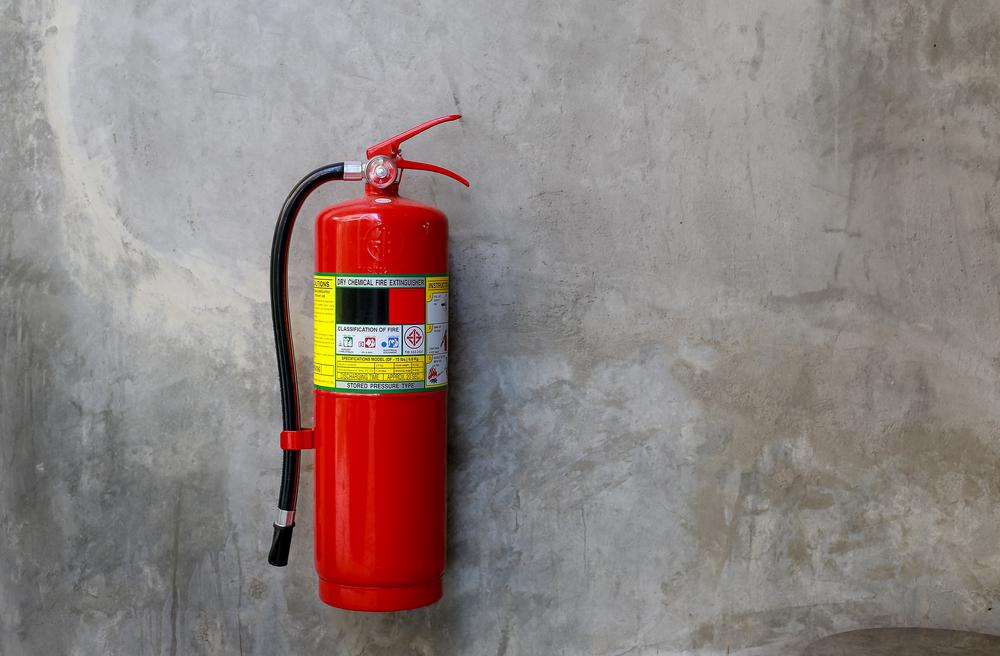 Welche Feuerlöscher-Kosten man in der Praxis rechnen muss