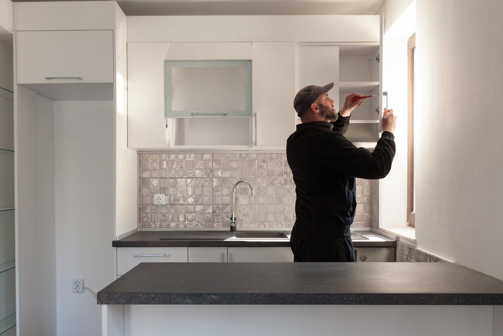 Küche abbauen und wiederaufbauen lassen » Kosten und Preise