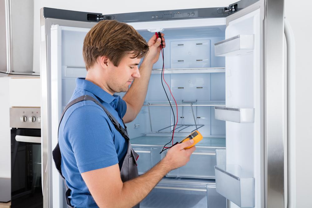 Kühlschrank-Reparatur: Welche Kosten sind zu erwarten und wann lohnt sich das noch?