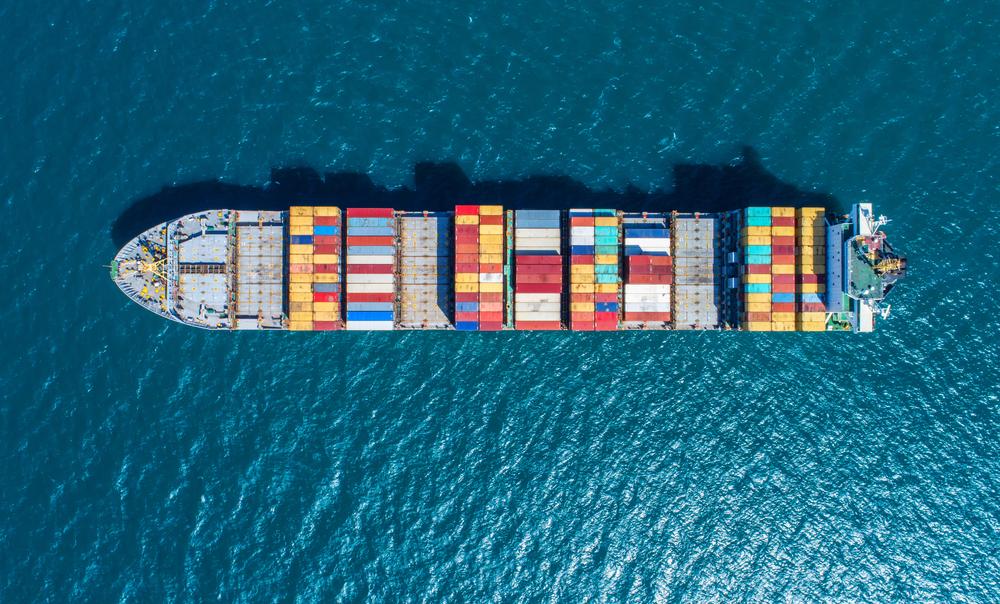 Container verschiffen: Welche Kosten muss man rechnen?