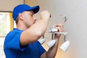 elektriker-lampen-montieren-kosten