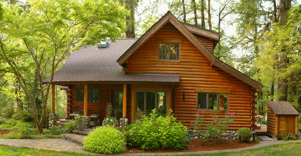 """Massivholzhaus: welche Kosten für ein """"echtes"""" Holzhaus zu rechnen sind"""