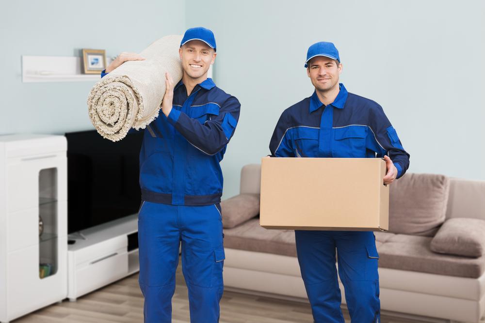 Die Arbeit der Möbelpacker: Welche Kosten verursacht sie?