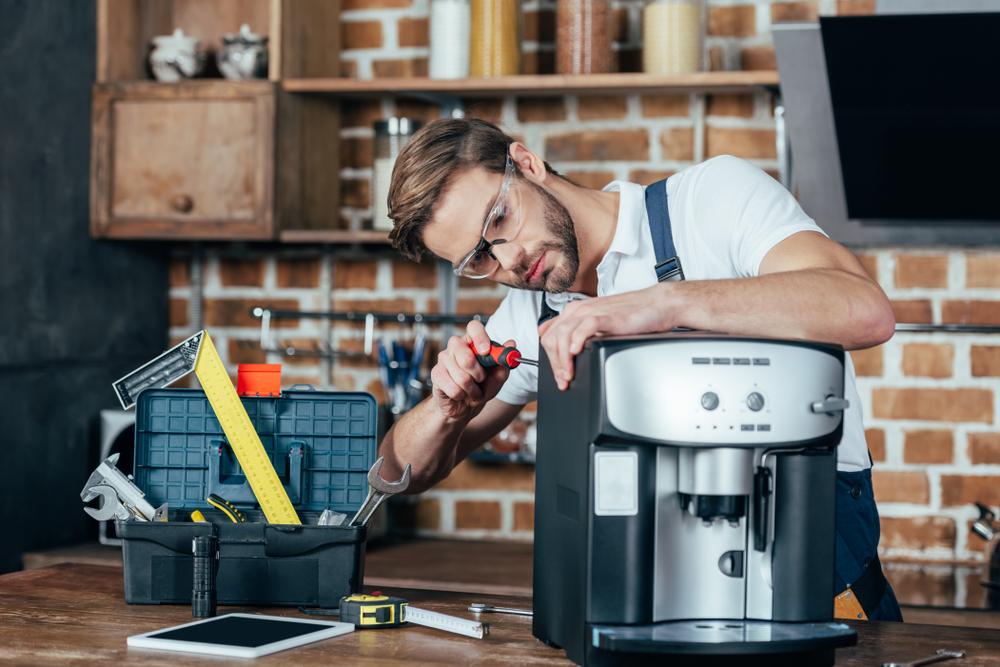 Kaffeevollautomat-Reparatur: welche Kosten muss man rechnen?