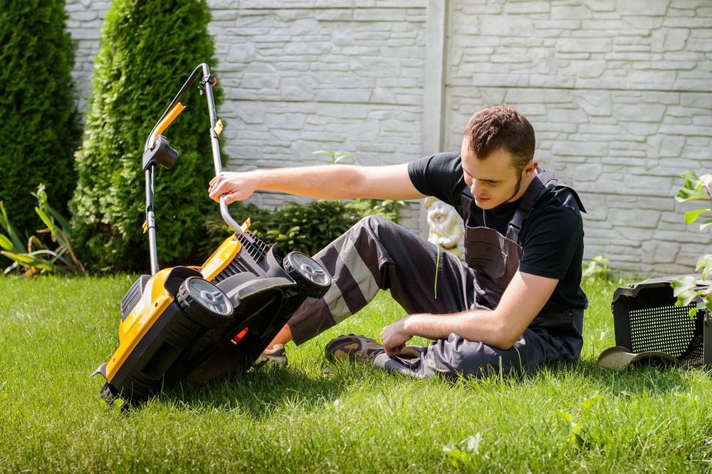 Rasenmäher-Reparatur: diese Kosten sollten Sie rechnen