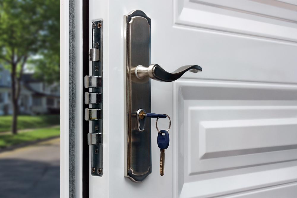 Sicherheitsschloss für die Wohnungstür: Welche Kosten sollte man rechnen?