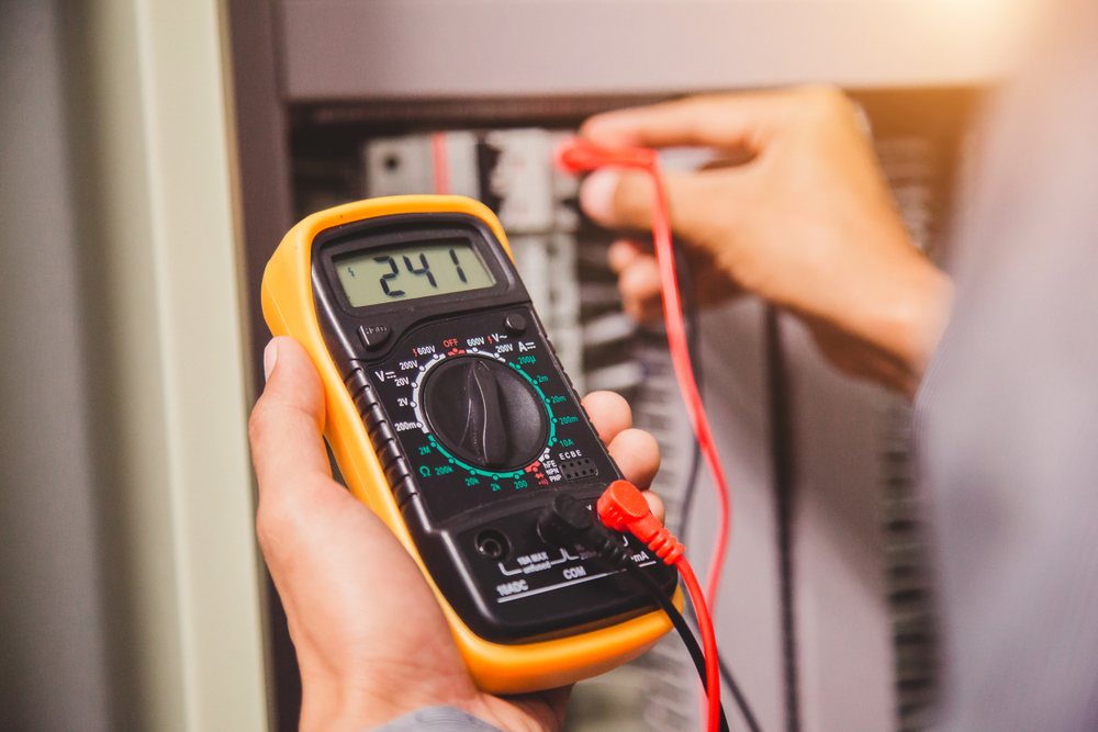 Stromzähler prüfen lassen: welche Kosten fallen an?