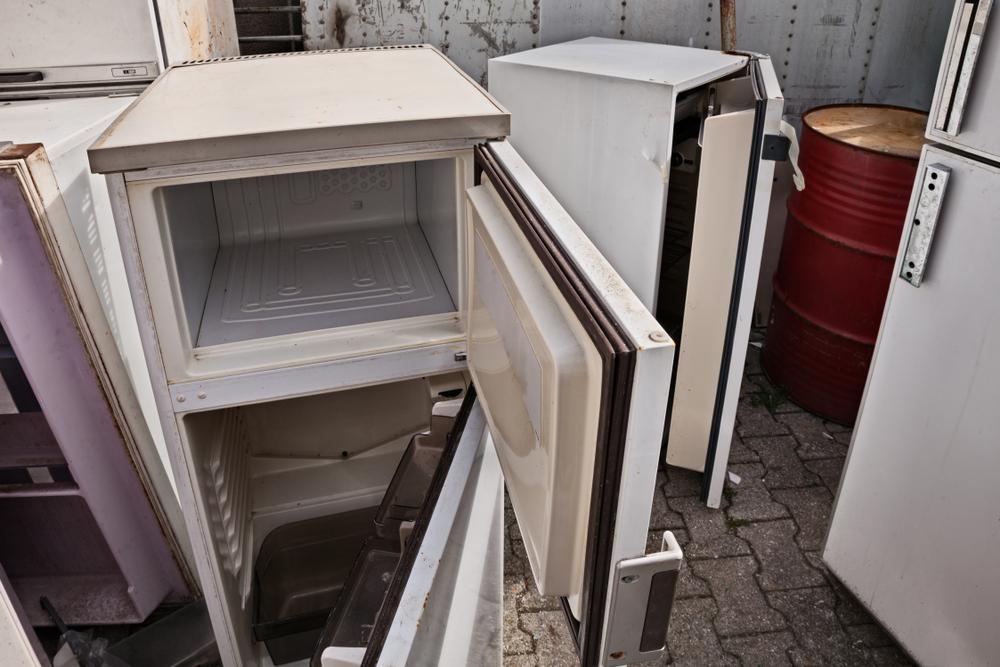 Kühlschrank entsorgen: Welche Kosten muss man rechnen?
