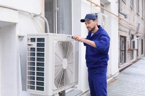 split-klimaanlage-kaeltemittel-nachfuellen-kosten