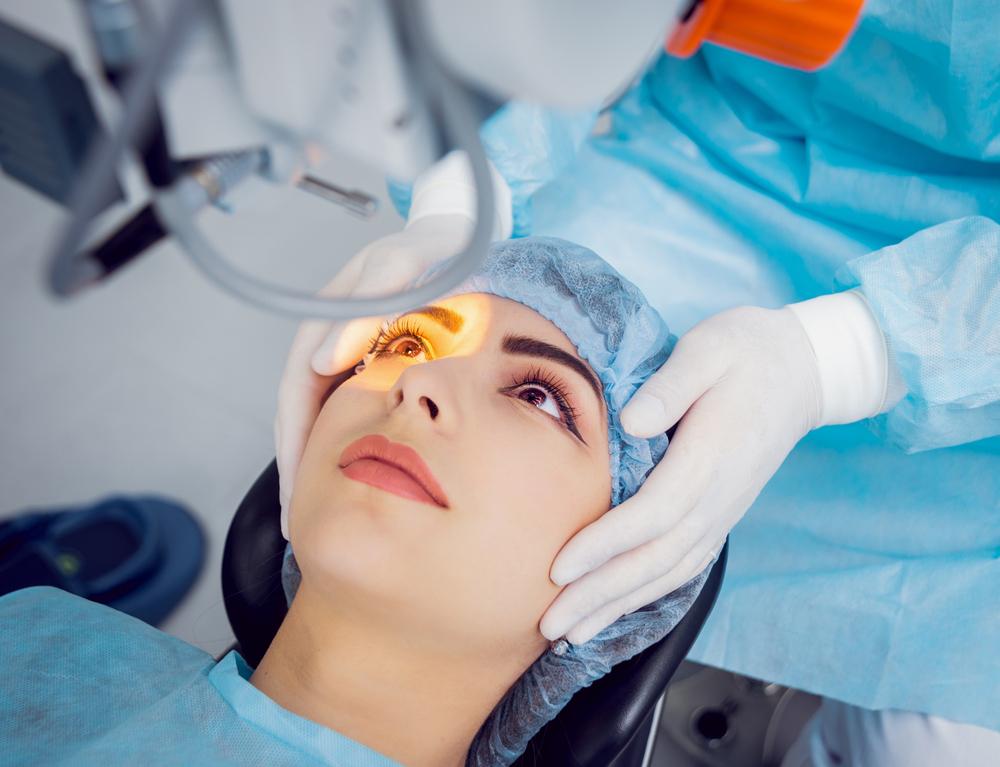 Operation des Grauen Stars: Welche Kosten verursacht der Eingriff?