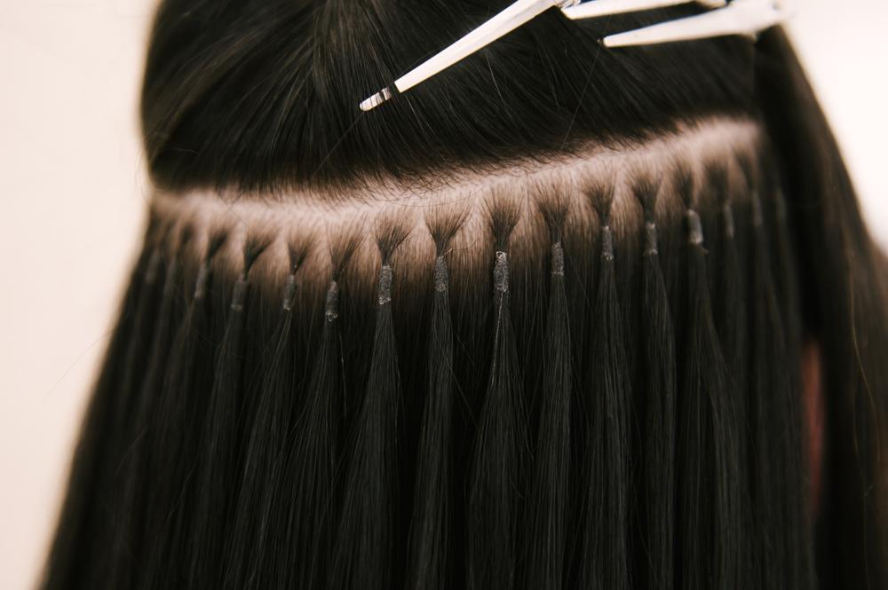 Welche Methoden der Haarverdichtung gibt es und was kosten diese?