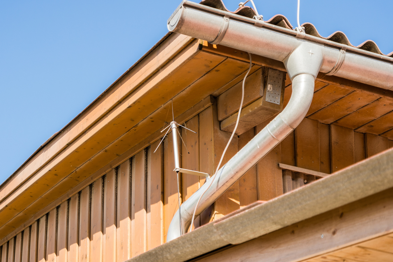 Blitzschutzanlage: Welche Kosten muss man rechnen?