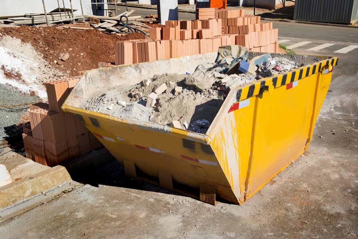Container: Welche Kosten fallen für eine Genehmigung zum Aufstellen an?