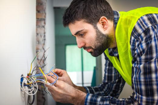 elektrik-im-haus-erneuern-kosten
