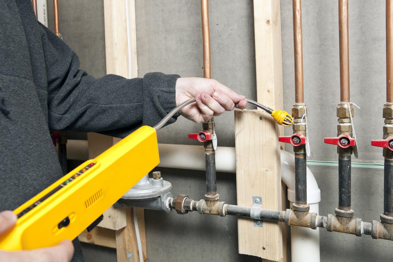 Gasleitung prüfen: welche Kosten sind zu rechnen?