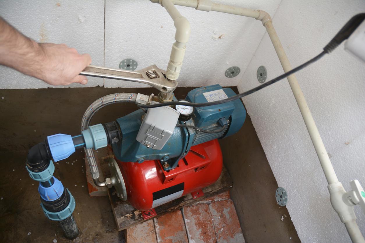 Hebeanlage für Abwasser beim Einfamilienhaus: Welche Kosten muss man rechnen?
