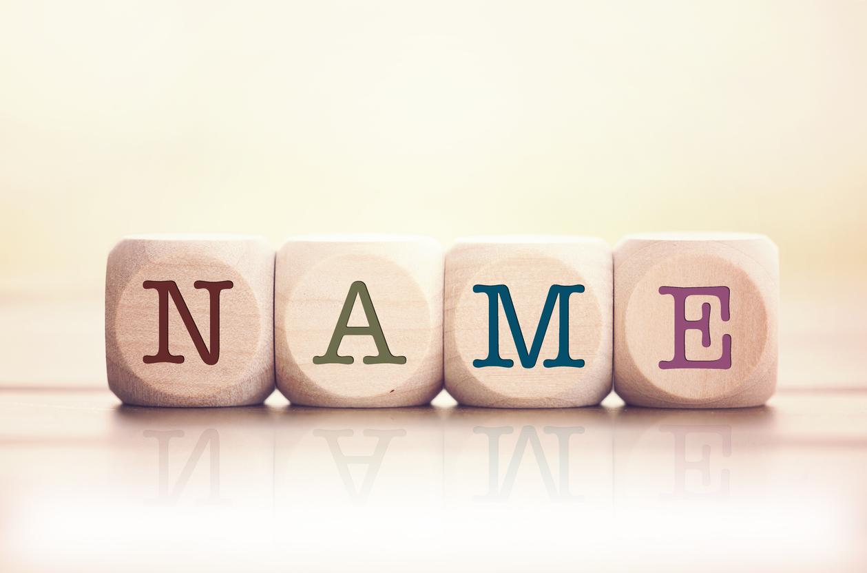 Was kostet die Änderung des Nachnamens?