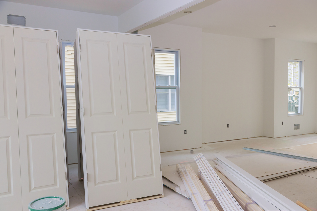 Neue Türen: welche Kosten sollte man planen?