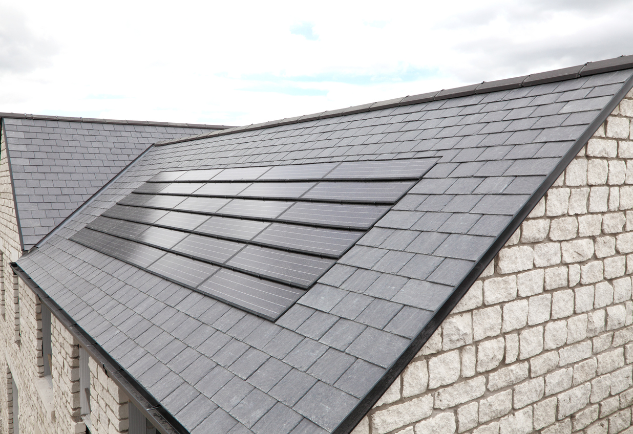 Solardachziegel: Welche Kosten sollte man veranschlagen?